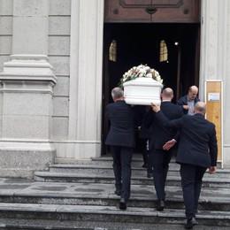 Morta nel rogo in ospedale, oggi l'addio  Lo strazio della mamma ai funerali