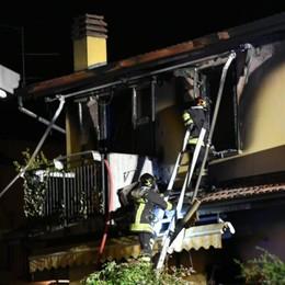 Rogo a Mozzanica, intervengono i vicini Gravi ustioni per un papà di 40 anni
