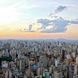 Palazzi, pizzerie, imprese  e negozi A San Paolo  il nome Atalanta è di moda