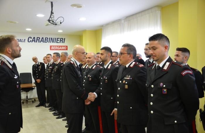 Il generale Nistri al comando provinciale di Bergamo