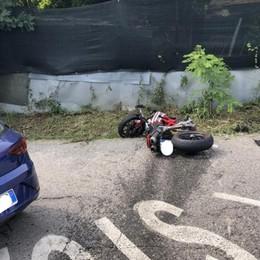 Centra in Ducati l'auto che svolta Sotto Il Monte, muore 33enne