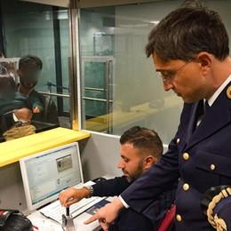 Dall'acido a un «passeur» regolare Documenti falsi, 164 arresti a Orio