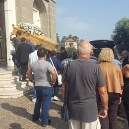 Sotto il Monte piange Leandro Commozione ai funerali del 33enne