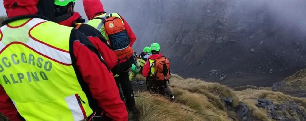 Due escursionisti bloccati sul Diavolino Soccorso alpino, 30 tecnici per salvarli