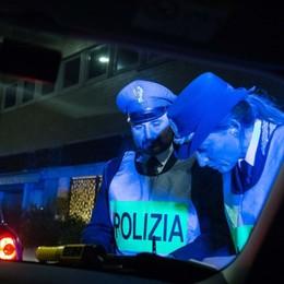 Sicurezza in strada, controlli notturni  5 patenti ritirate per alcol e anfetamine