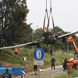 Schianto, sentiti i 5 testimoni oculari «L'aereo è andato in stallo, poi è caduto»