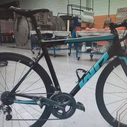 Vendono bici da 5.000 euro, ma è rubata Marito e moglie denunciati per ricettazione