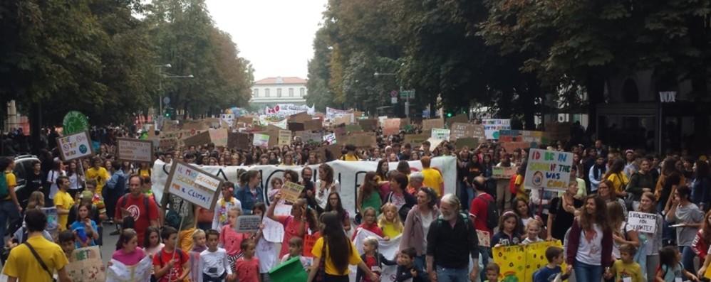 Fridays for future, in 5 mila a Bergamo Foto e i video della manifestazione