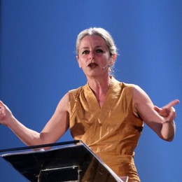 Lucilla Giagnoni porta in scena «La pacem in terris» a Torre Boldone