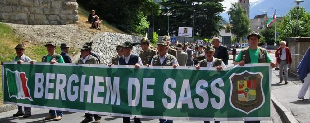 Clusone abbraccia quattromila alpini Domenica  l'adunata delle Penne nere