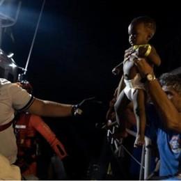 Cosa dice quella corsa ad adottare bimbi migranti