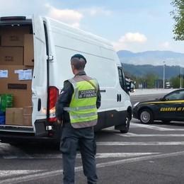 Oltre due milioni di prodotti contraffatti Perquisizioni nella Bergamasca