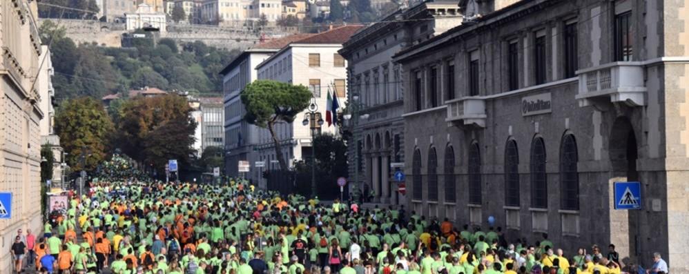 Quattro percorsi e festa sul Sentierone Domenica 15 c'è la StraBergamo