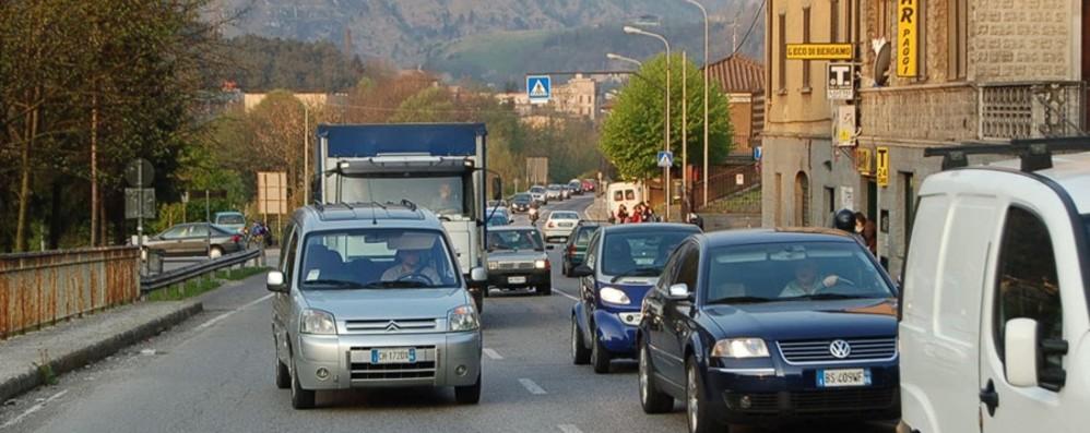 Valle  Seriana, i limiti sulla  superstrada Nel mese di agosto  75 multe al giorno
