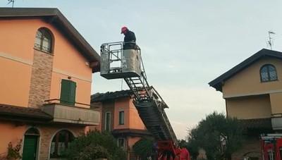 Incendio tetto a Calvenzano
