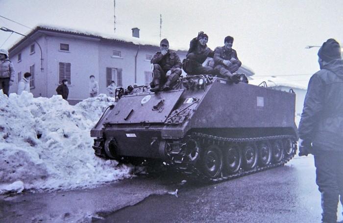 Cingolato in piazza a Mozzanica nel 1985
