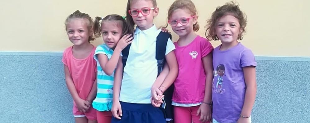 Le quattro gemelline di Bonate Sopra «sbarcano» alla scuola Cittadini