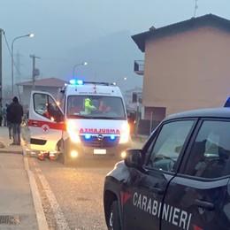 Perde il controllo della moto e cade   Berzo San Fermo, grave 31enne