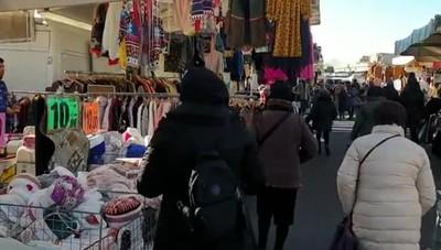 A spasso per il nuovo mercato di via Spino