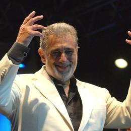 Il Donizetti riparte da Placido Domingo Il tenore inaugurerà il Festival dell'Opera