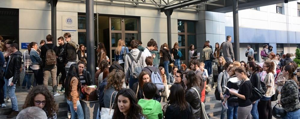 Da tutta Italia per laurearsi a Bergamo I fuori sede sono 1.400, le loro storie