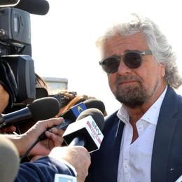 Grillo annulla il tour «Terrapiattista» Il 15 febbraio era in calendario al Creberg