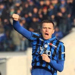 Atalanta, occasione d'oro sprecata Il Genoa strappa il pareggio (2-2)