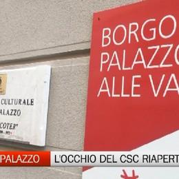 Borgo Palazzo, il Csc riapre dopo 7 mesi Un occhio sulla vetrata per festeggiare