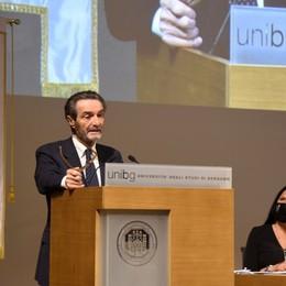 Fontana: differenziare l'orario scolastico «A Bergamo 310 milioni per ripartire»
