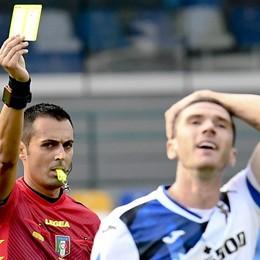 Atalanta «fantasma» a Napoli. Incubo difesa, prende 4 gol in 45',  accorcia Lammers