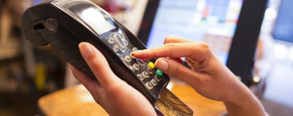 Primo cashback sulle spese di Natale A febbraio rimborsi sul conto corrente