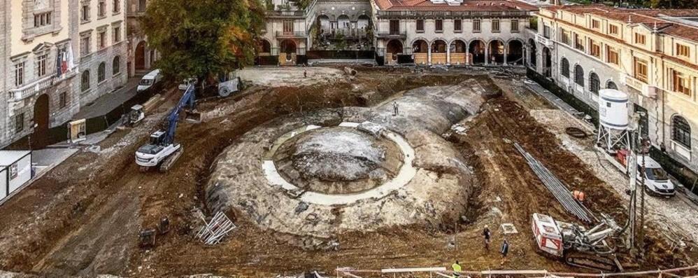 Da piazza Dante spunta «un'astronave»-Foto Bergamo, dal 2021 nuovi cantieri in centro