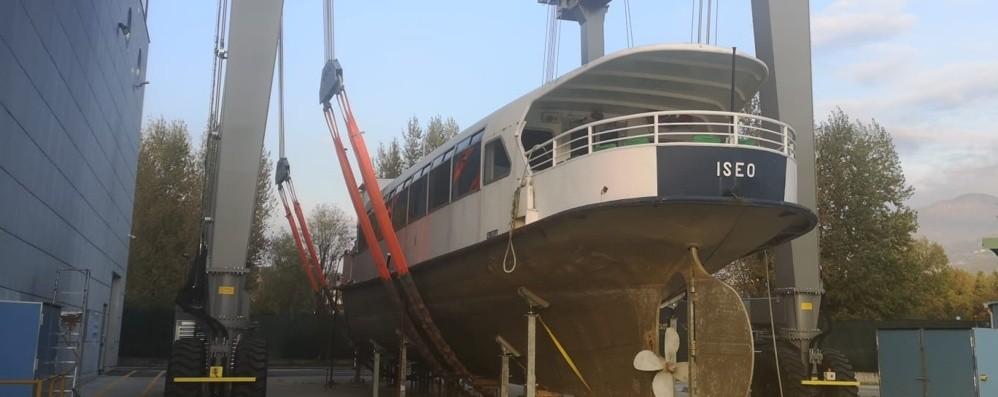 La motonave Iseo tornerà nel lago dopo 115 anni e un mitragliamento