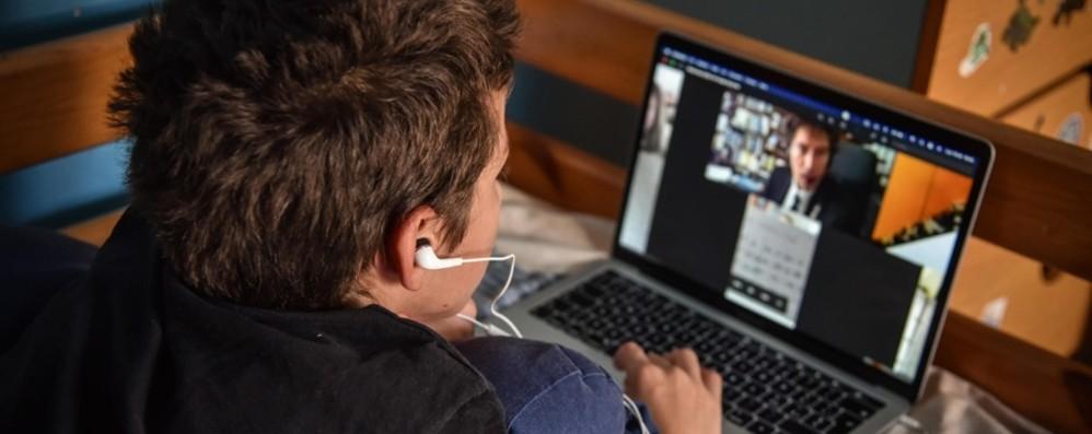 La povertà digitale Famiglie emarginate