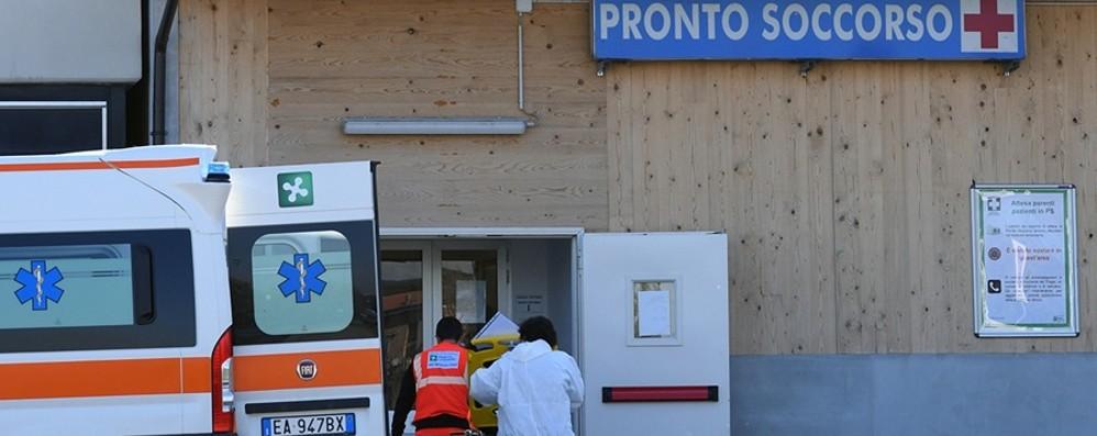 Treviglio: letti pieni e focolaio in reparto Covid, contagiati 5 pazienti e 5 operatori