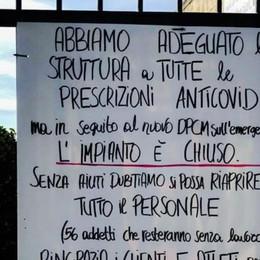 Alzano, un cartello alle piscine «Senza aiuti non riapriremo»