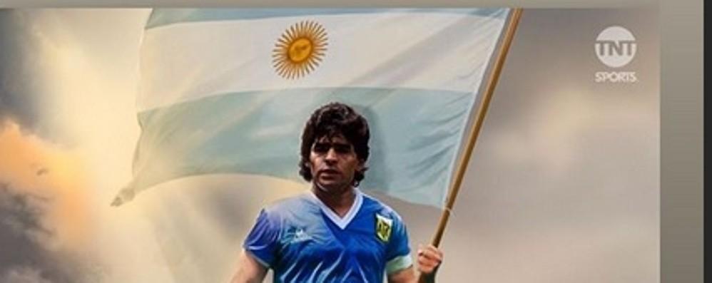 Il Papu fa gli auguri a Maradona E lui ricambia per il piccolo Milo