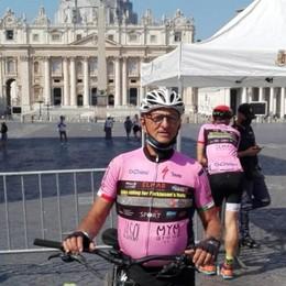 In bicicletta con i «Parkinsonauti» 790 chilometri benedetti dal Papa