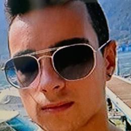 Schianto ad Entratico, muore 19enne Trescore piange il giovane Manuel