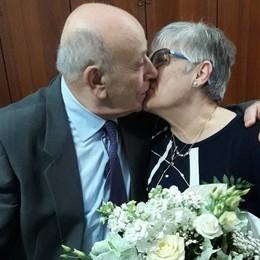Sempre insieme per 60 anni Muoiono di Covid lo stesso giorno