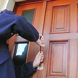 Tenta il furto in due abitazioni Ladro 20enne arrestato a Bergamo