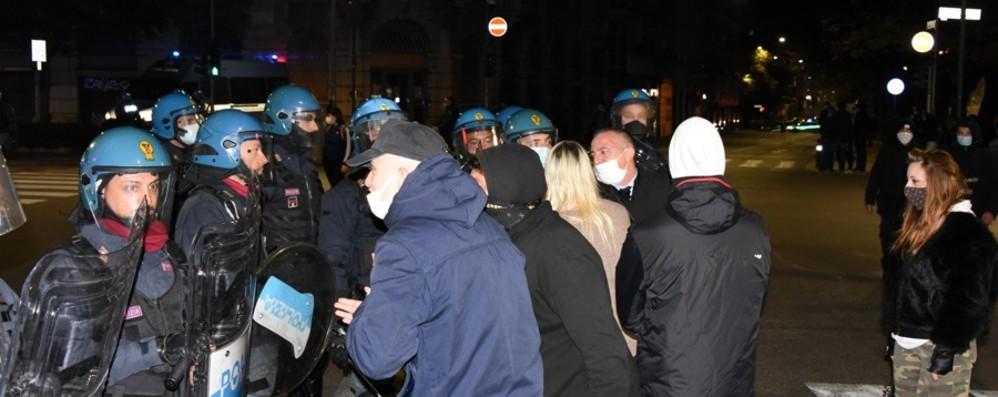 Bergamo, manifestazione non autorizzata  Oltre l'arresto anche 24 denunce