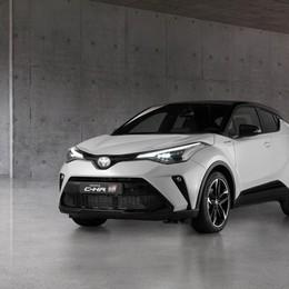 Toyota C-HR, pronta la versione GR Sport