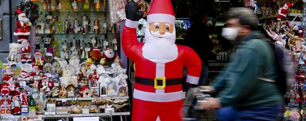Covid: scuola, shopping, spostamenti Quello che ci aspetta per Natale -  Il punto