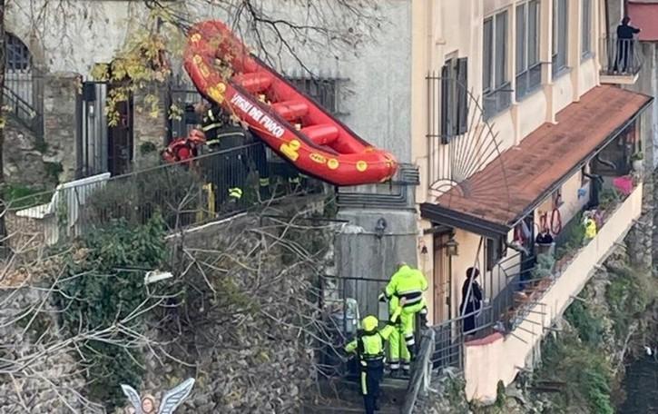 Cade nelle acque gelide del Brembo Salvato un uomo a Ponte San Pietro