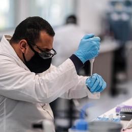 Covid, Locatelli: «Due vaccini in arrivo per Natale, le prime dosi a gennaio»