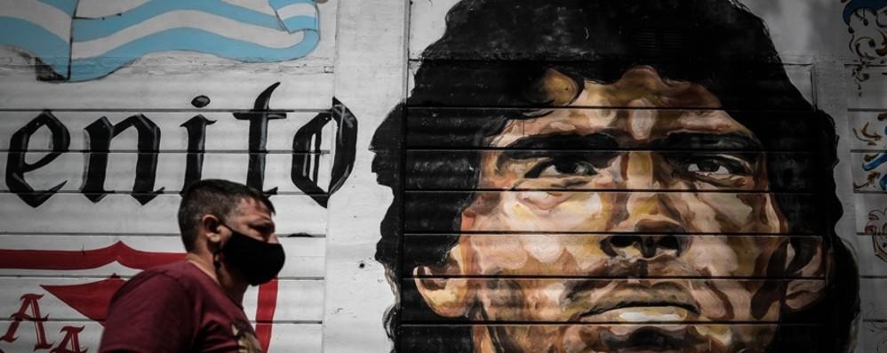 Gomez: «Oggi è morto anche il calcio» Maradona ha regalato gioia
