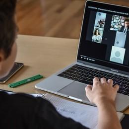 Dad nelle medie, buona la prima Poli: «Ma potenzieremo internet»