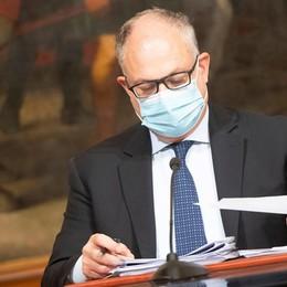 Ristori, Gualtieri: «Partiti i primi bonifici Quasi un miliardo per 211 mila imprese»