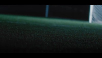 Il video di Gomez e Assassin's Creed per la campagna «Like a Viking»